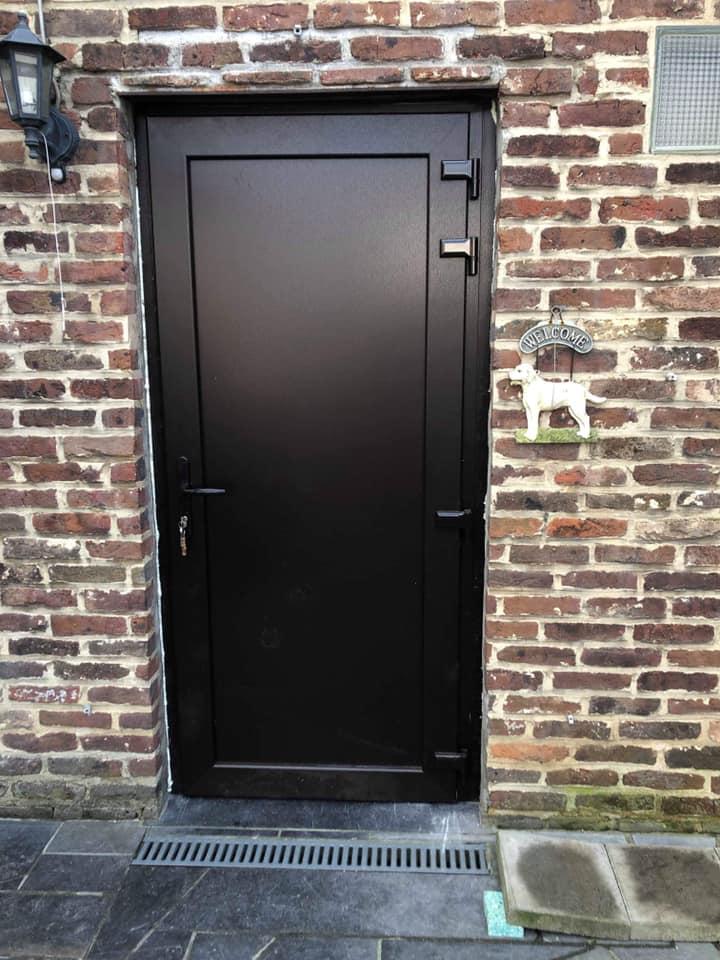 porte Liège PVC noire